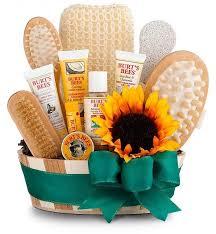 Bathroom Gift Baskets Best 25 Gift Baskets For Women Ideas On Pinterest Birthday