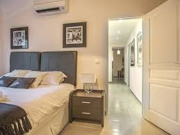 Split Master Bedroom Luxury 3 Bed Close To Palais Beautiful Luxury Apartment In