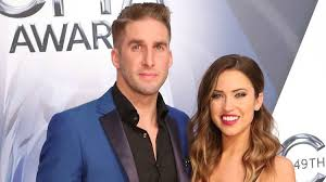 hair style photo booth bachelorette stars kaitlyn bristowe and shawn booth s relationship