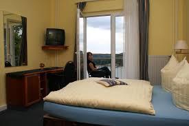 Bleilochtalsperre Baden Romantische übernachtung Für Zwei Im Seeblick Hotel Saalburg In