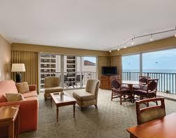 2 bedroom suite waikiki waikiki resort hotel rooms suites outrigger reef waikiki beach