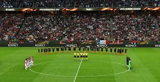 europa league final holds minute u0027s silence for the manchester