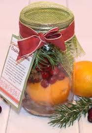christmas potpourri gift in a jar with free printable