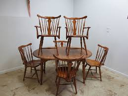 Maple Dining Room Table And Chairs Antique Cushman Colonial Maple Dining Room Table 6 Back
