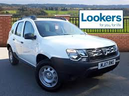 renault duster 2017 automatic dacia duster access sce white 2017 03 31 in stockport