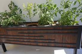 garden culver city planter box trellis