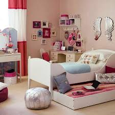 sweet floral patterned carpet at bedroom using cute decor on