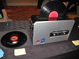 one nice touch was an adapter for 7 45s but nothing at the moment for 10 discs or 78s for that matter boasting 200 watts worth of ultrasonic