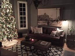 holiday home decorating services fixer upper chip and joanna gaines holiday decorations