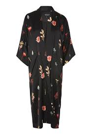 mango robes satin robe fashion trend zara outfitters
