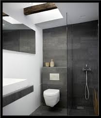 moderne fliesen für badezimmer badezimmer fliesen grau wohndesign