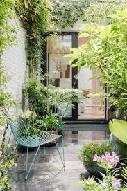 amenager balcon pas cher les 25 meilleures idées de la catégorie balcon condo sur pinterest