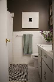 simple inexpensive bathroom makeover for renters