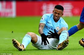 knee brace for soccer players gabriel jesus without brace as he nears city return daily