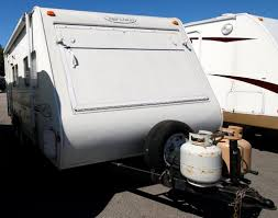 One Bedroom Trailers For Sale New Or Used Travel Trailer Campers For Sale Camping World Rv Sales
