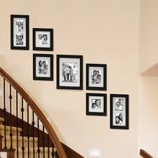 Staircase Wall Design by Decorating Staircase Wall 1000 Ideas About Stairway Wall