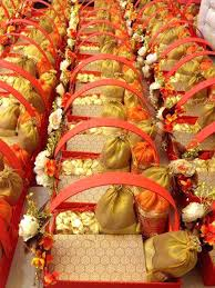 wedding gift decoration ideas gift decoration ideas indian wedding gifts on for a south