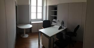 location de bureau à location de bureau équipé avec salle de réunion à