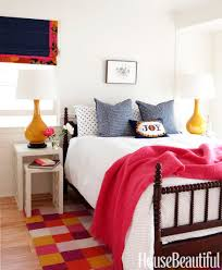 Decorating Extremely Small Bedroom 20 Small Bedroom Design Ideas How To Decorate A Small Bedroom