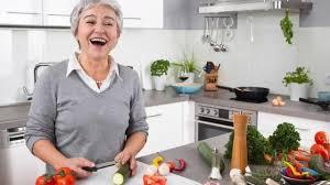 la cuisine de mamie louez une mamie pour vous faire la cuisine à domicile