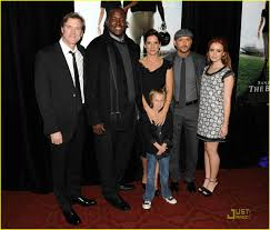The Blind Aide Lily Collins Premieres The Blind Side Photo 349561 Photo
