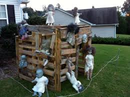 zombie doll playhouse made out of pallets i know a boy that