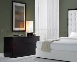 Ludlow White Leather Bedroom Set By Modloft - White leather headboard bedroom sets