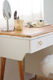 Diy Sewing Desk Diy Vanity From A Vintage Sewing Table Lovely Indeed