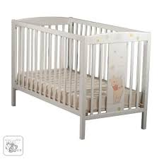 chambre bébé winnie l ourson emejing chambre bebe winnie lourson aubert gallery ridgewayng com