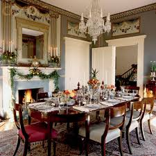 Dining Room Table Decor Ideas by Classic Dining Room With Christmas Decorating Ideas Dining Table