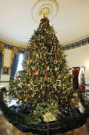 Christmas Decorations Homes Best 20 White House Christmas Tree Ideas On Pinterest U2014no Signup