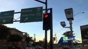 red light cameras sacramento sacramento officials consider adding more red light cameras youtube