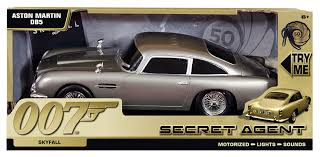 vintage aston martin db5 james bond aston martin db5 secret agent skyfall amazon co uk