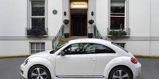 2017 volkswagen beetle overview cars volkswagen beetle review carwow