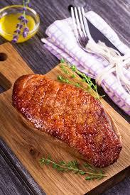 cuisiner magret de canard au miel magret de canard au miel et quatre épices une recette de plat facile