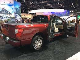 nissan truck 2017 you like things big then get your hands on the nissan titan u0027s new