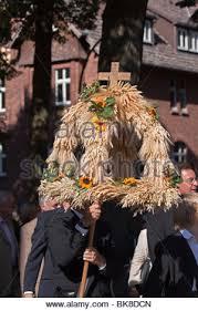 harvest religion thanksgiving christianity church bread stock