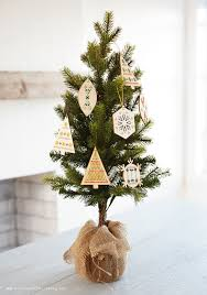 make your own embroidery and wood ornaments think make share