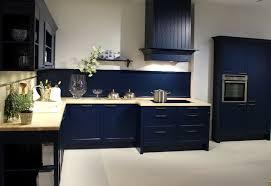 kche wandfarbe blau kuche braun blau trend wohnzimmer streichen richtig streichen mit