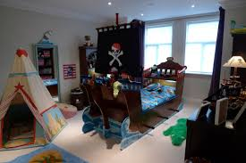 Kids Pirate Room by Pirate Ship Room Decorating Ideas Themed Bedroom Decor Circo
