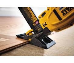 Engineered Flooring Stapler Dewalt Dcn682b 20v 18 Cordless Flooring Stapler Nail Gun Depot