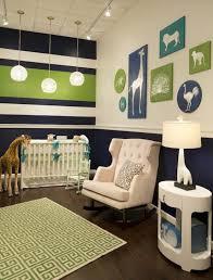 babyzimmer grün babyzimmer gestalten weiße tierenbilder grün blau nursery