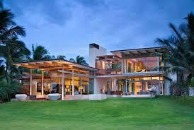 Tropical Design Tropical Dream House In Maui Opens To Fresh Sea Breezes