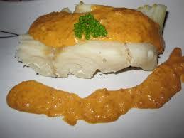 cuisiner le merlu filets de merlu sauce au chorizo la cuisine au