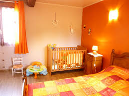 chambre orange et marron beautiful chambre bebe orange et marron photos antoniogarcia