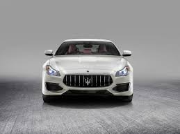 maserati 2017 white naza italia introduces the new maserati quattroporte granlusso