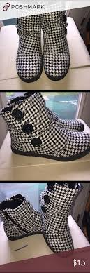 s boots size 9 1 2 sio boots size 9 1 2 black white ankle boots ankle and conditioning