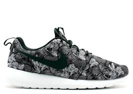 rosh run rosherun print cool grey black white wlf grey