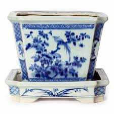 a pair of blue and white chinese export flower pots