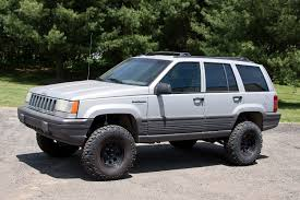 comanche jeep lifted offroad 4